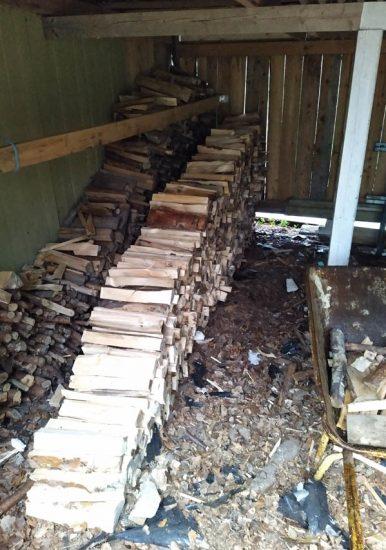 Puusta voi tehdä polttopuita, mutta myös paljon muuta.